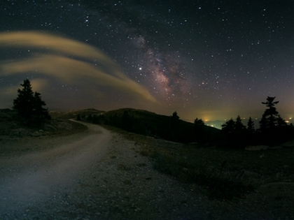 milky-way-road-trip_