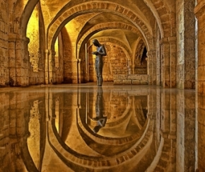 cathedral-crypt-winchester