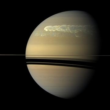 SaturnStorm1
