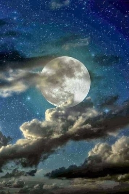 full moon gorgeousness with stars