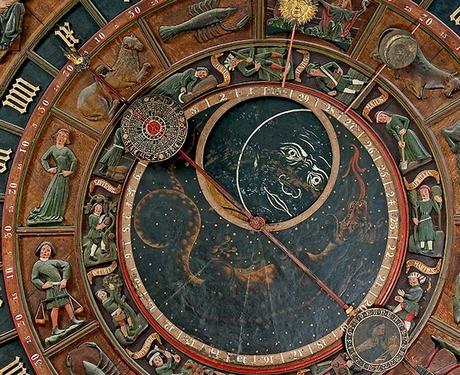 die-astronomische-uhr-der-st-marien-kirche-zu-rostock