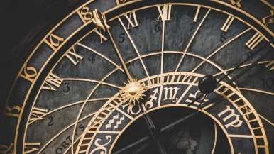wall_clock_roman_numerals_zodiac_signs