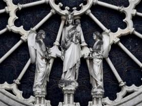 notre dame portail vierge